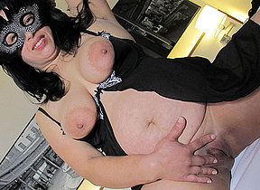 This masked mature slut loves helterskelter play with her toy