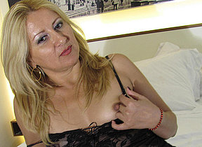 Horny blonde mama bringing off with herself