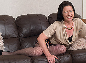 Hairy British housewife effectuation with herself