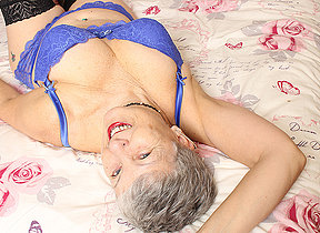 British mature daughter getting naughty by herself