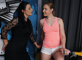 Two old with an increment of young lesbians have fun on the settee