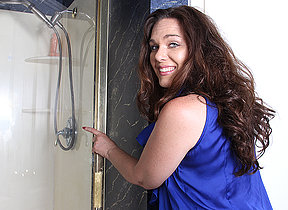 This horny American MILF loves to get dishonest in the shower
