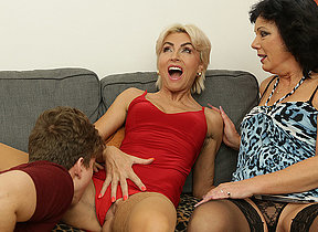Team a few horny Milfs share their toyboys cock in hot threesome