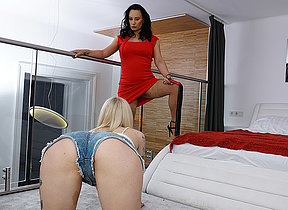 Kinky Milf and the brush young girlfriend run out of steam on each other